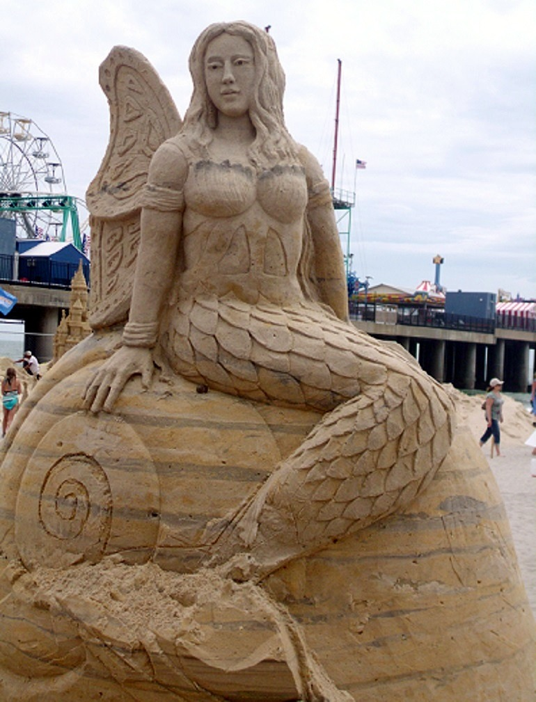 Image- Mermaid by Mark Anderson of United Kingdom shows the dexterity of an artist and fine art
