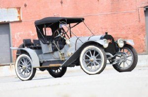 "Image: 1913 Pope-Hartford Model 31 ""Portola"", a vintage car that brought high auction price at  the Bonhams Auctions Quail Lodge"