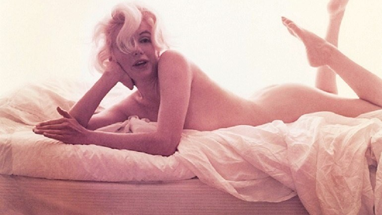 Seductive Marilyn Monroe Photographs Excite Art Collectors