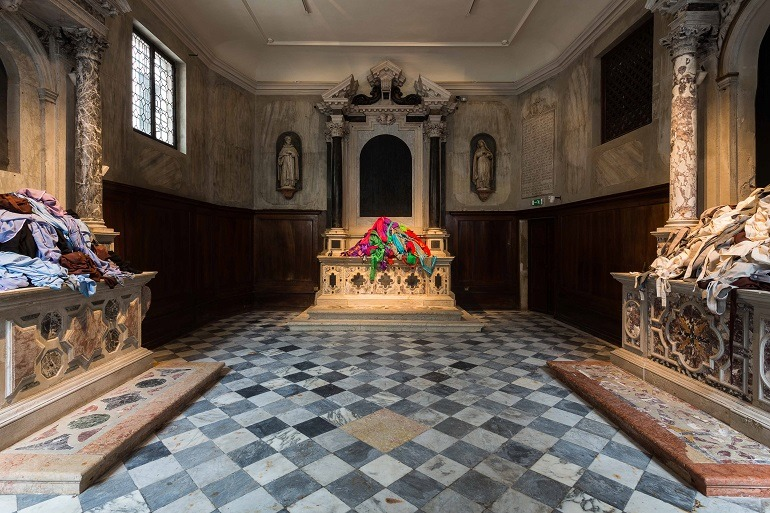 Image: Patricia Cronin, Shrine for Girls, Venice, Installation View highlight violence against girls and women