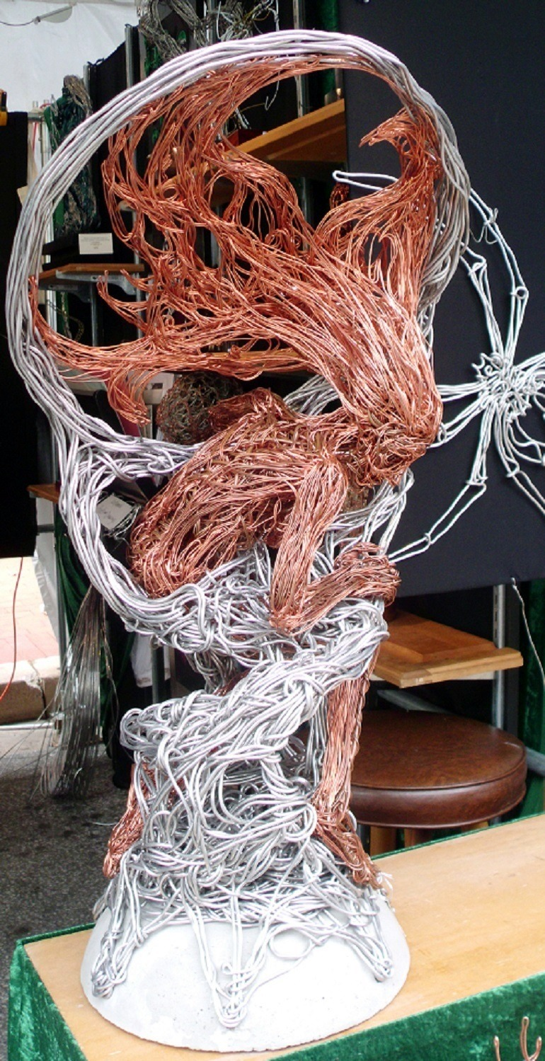 Image: Wire Sculpture by Devin Mack was a major attraction at the Baltimore Artscape festival