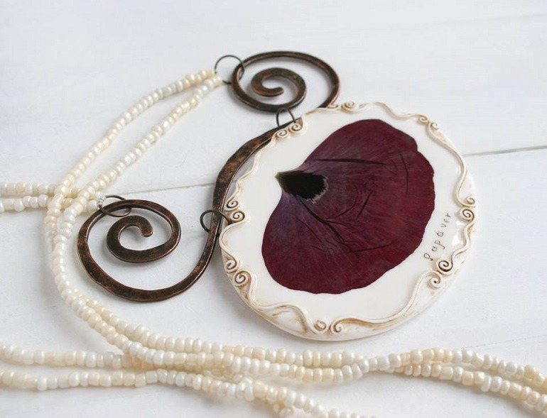 Image: Vintage style necklace with real poppy petal by Svetlana Handmadehome, a member of Art Group, one of the Facebook groups