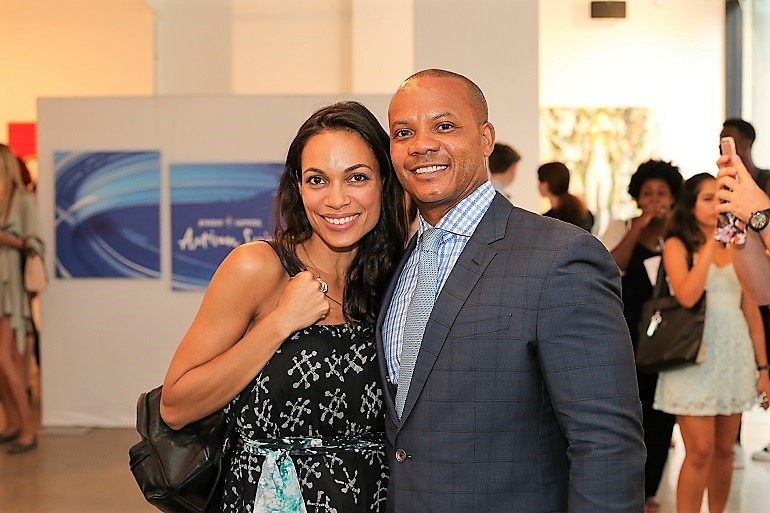 Image: Actress and Creative Mentor Rosario Dawson and National Art Curator for the Bombay Sapphire Artisan Series Andrew Guichard joined other guests at the unveiling of exhibitions by finalists of the Bombay Sapphire Artisan Series