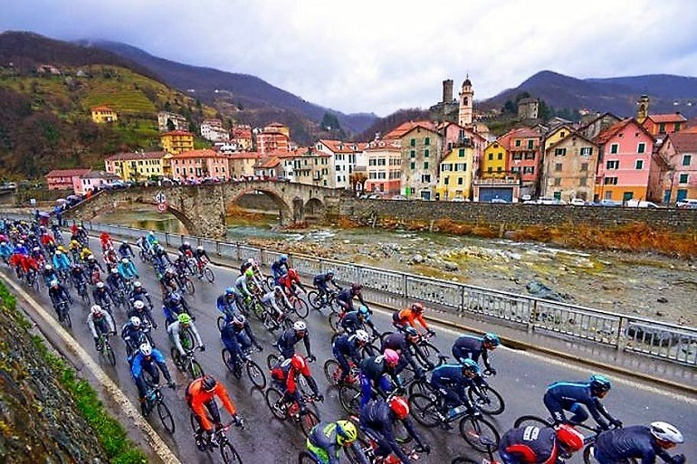 Image: Cyclists at Milan Gran Fondo San Remo, one of the venues on the Sports Tours International tours
