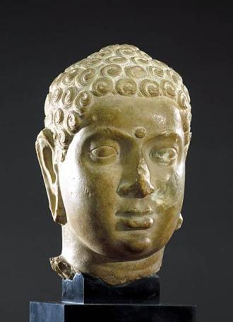 Tête de Buddha, Andhra Pradesh, IIe siècle AD, marbre, 21cm, musée Guimet