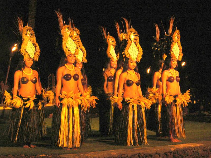 DSCN1752 dancers adj 800x600 qual9