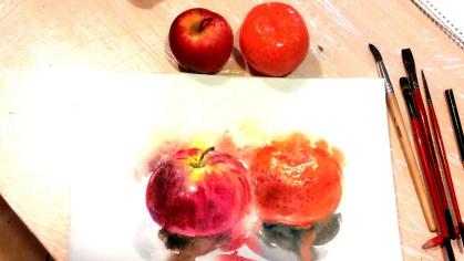 яблоко и мандарин акварель по сырому