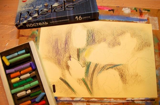 пастельные мелки и бумага для пастели