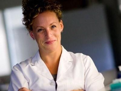 Dr. Carol Curchoe