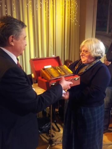 remise prix russophonie 2014 Al Drozdov dir Fondation Eltsine et Françoise Lhoest lauréate-1