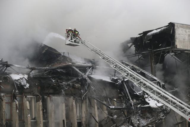 incendie-dans-plus-grande-bibliotheque-universitaire-de-russie_0