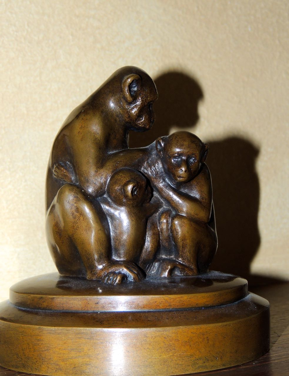 Sculpture Mother And Baby