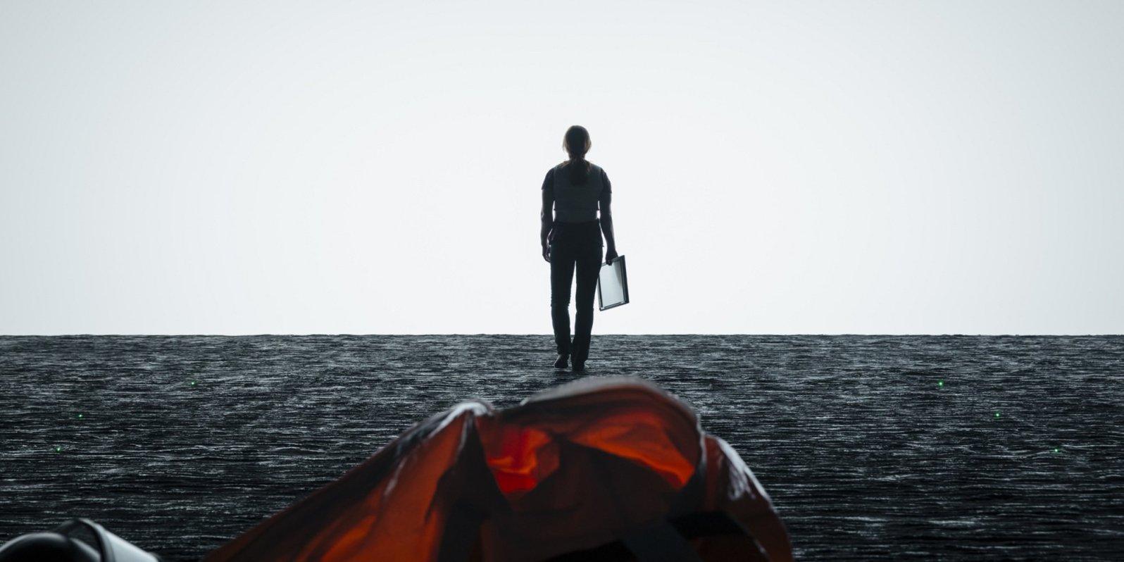 Arrival-Amy-Adams-on-alien-ship