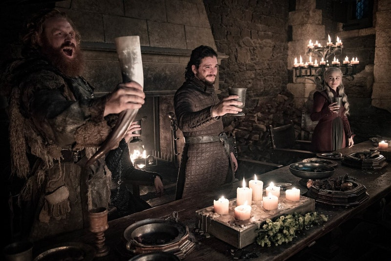 Game of Thrones celebration season 8, episode 4 / Tormand Jon Snow Daenarys