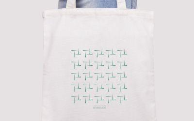 Últimas unidades de la tote bag exclusiva de Arte Actual Extremadura