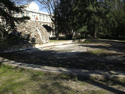 Embarcadero frente al Palacio Viejo