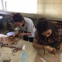 Visita ao atelier de cerâmica do IAD