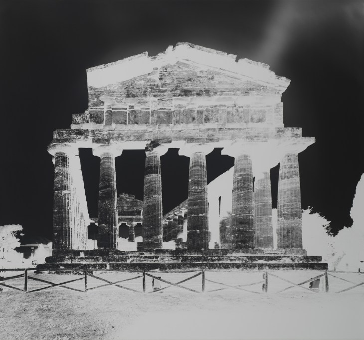 LUTTER 2015 Temple of Athena, Paestum, XIII October 13, 2015_Gagosian.jpg