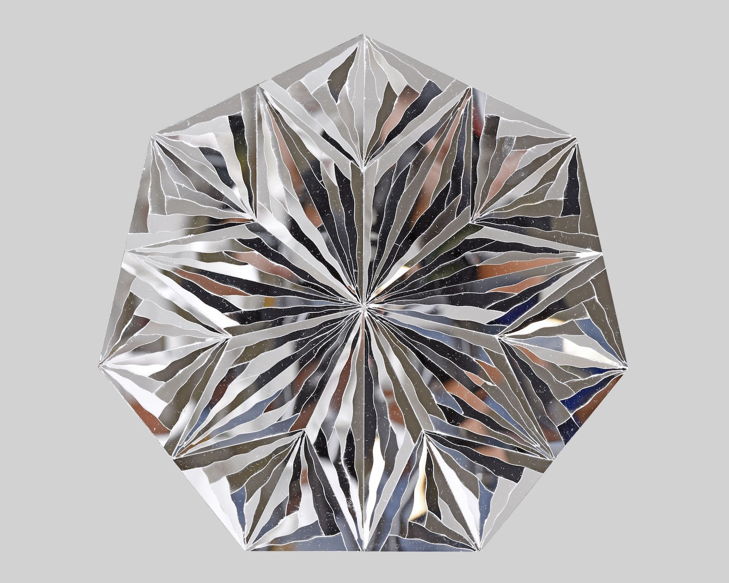 Monir Farmanfarmaian_Untitled (Heptagon)_2016_Mirror on plexiglass_33 cm in diameter - smaller size.jpg