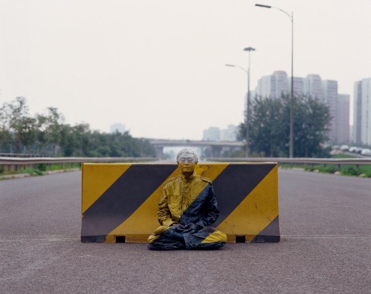 Liu Bolin_Road Block_Hiding in the City_2007 © Liu Bolin_Courtesy Galerie Paris-Beijing.jpg