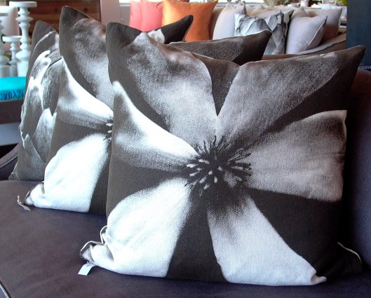 Dogwood Pillow 110313