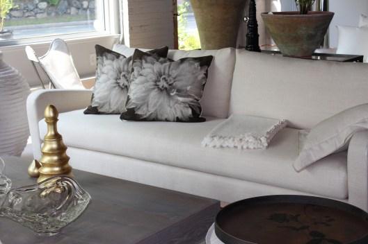 June Sofa by Verellen - curvy, comfortable, fresh!