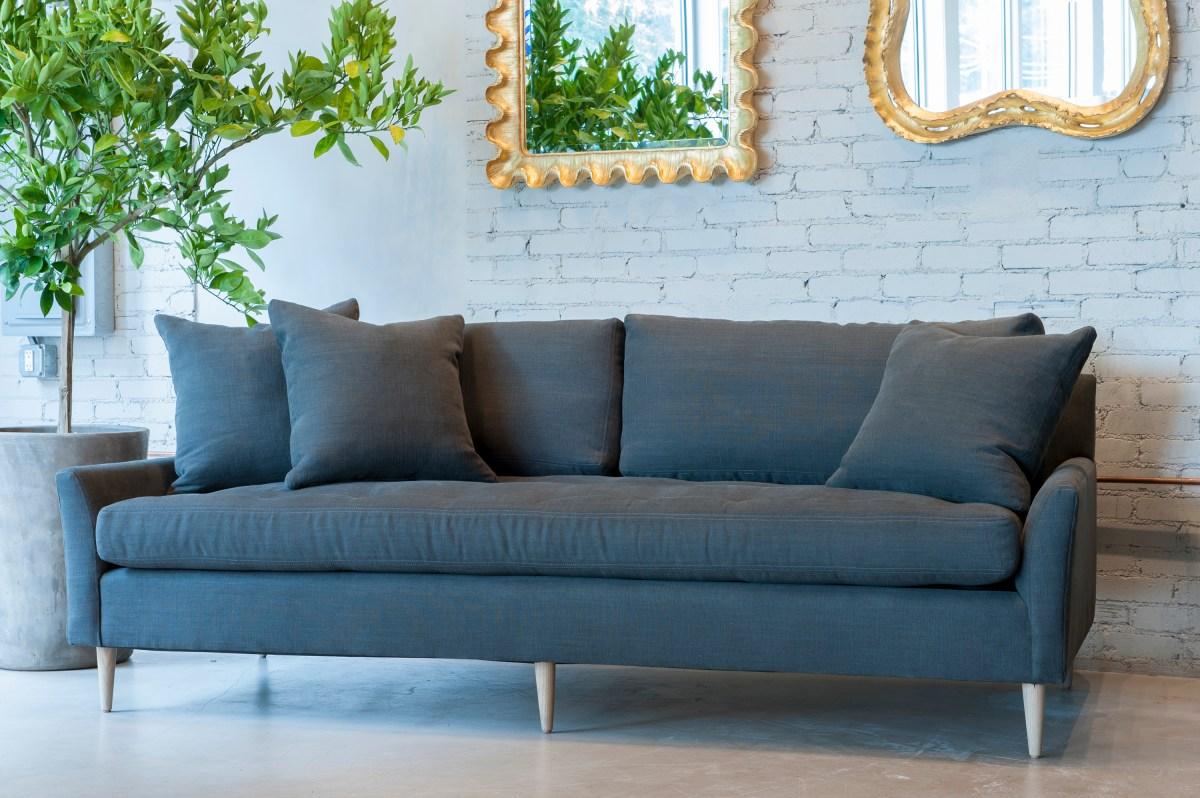 blanche-sofa-verellen-artefact-lux-linen-arabica.jpg