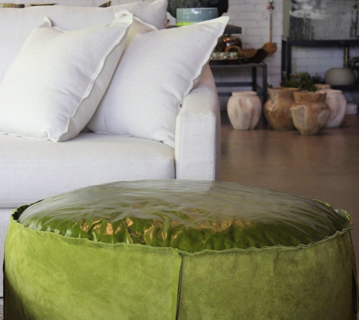 maxim pouf-green-leather-suede-verellen-artefacthome-2