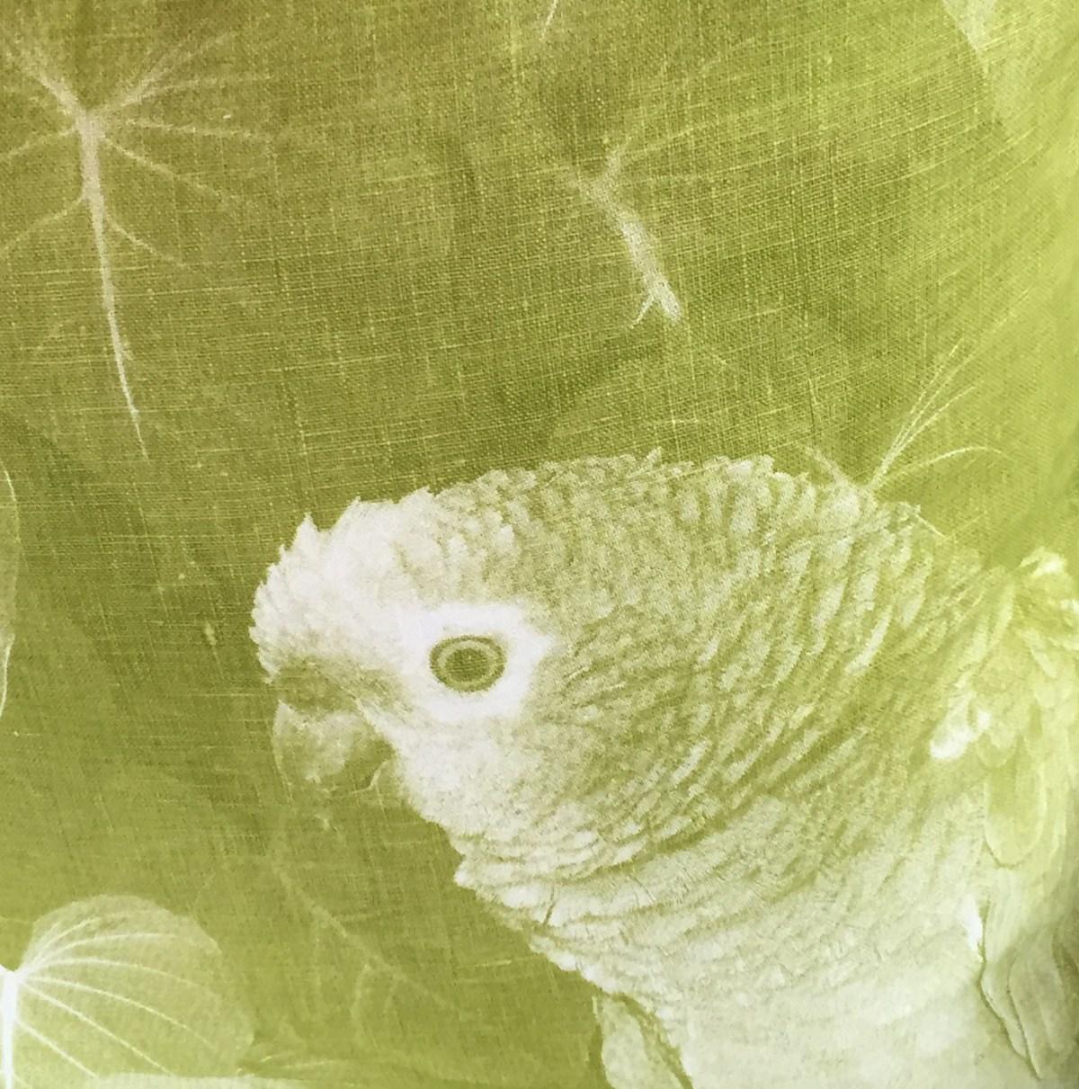 pillow-green-linen-lime-bird-artefacthome