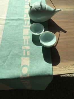 porcelain-tea-set-studioks-runner-3