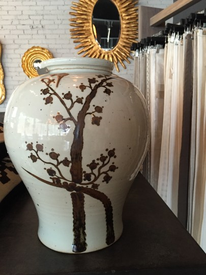 vessel-cream-bronze-gray-painted-jar-1