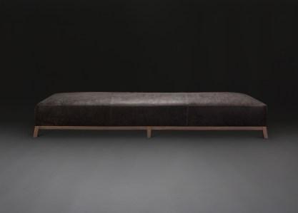 june-xl-ottoman-verellen-dark-distressed-leather