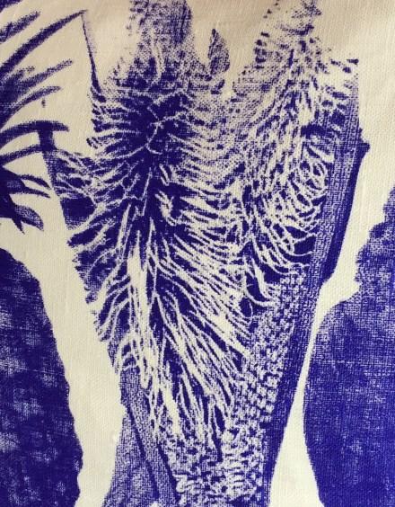 pillow-blue-linen-artefacthome