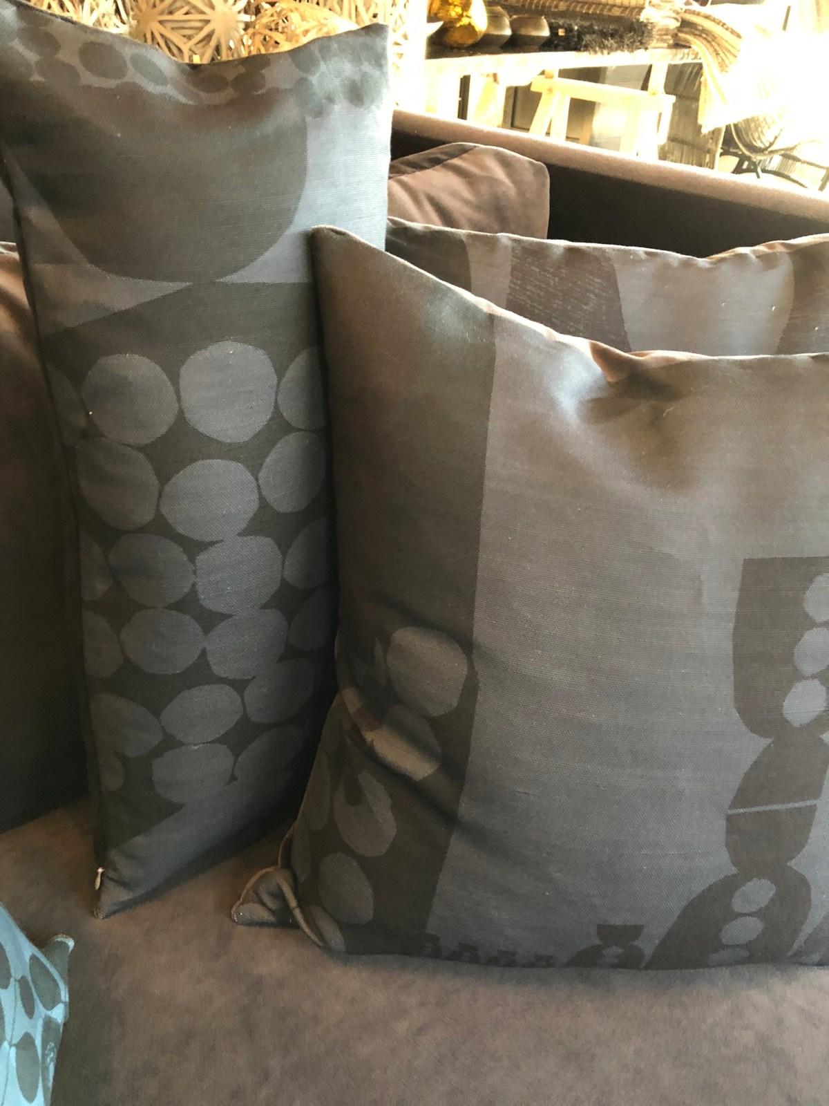 tx-poppy+dandy pillow 5@artefacthome