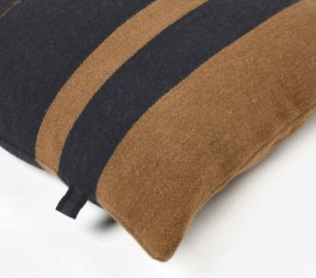 pillow-oscar stripe-libeco@artefact