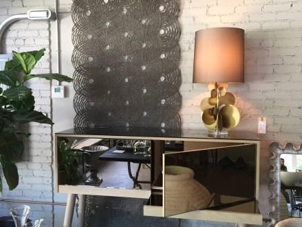 bronze-bar-gold-disc-lamp
