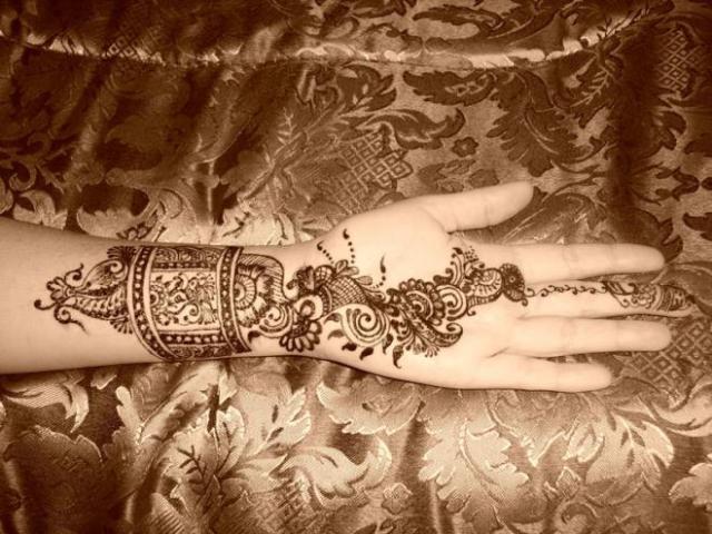 tatuajes henna india tradicional bodas mujeres 7 floral