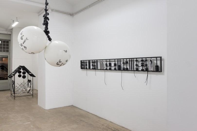 Sasha Auerbakh, Ausstellungsansicht