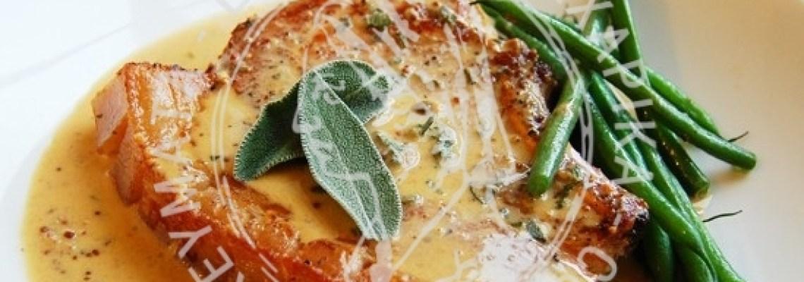 Μπριζόλες χοιρινές  με σάλτσα μουστάρδας
