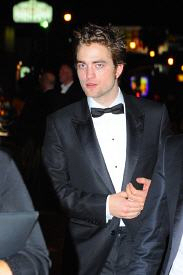 ROBERT PATTINSON : L'OSCAR DU PLUS BEAU GOSSE
