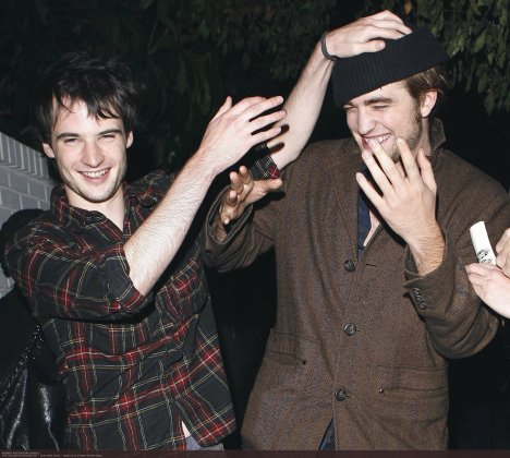 Robert Pattinson & TOM