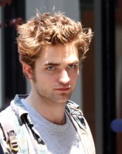 REMEMBER ME : QUELQUES PHOTOS DE ROBERT PATTINSON