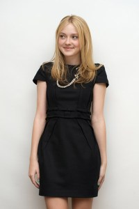 NEW MOON- CONFERENCE DE PRESSE- PHOTOSHOOT AVEC DAKOTA FANNING
