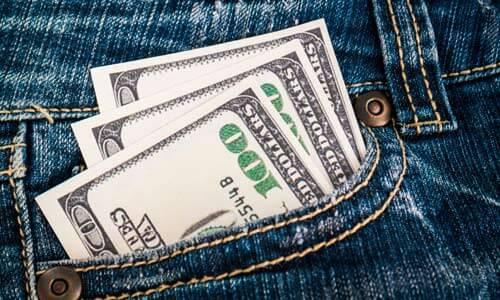 Dinero en bolsillo