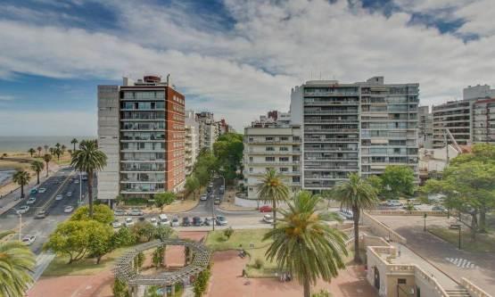 Entorno Plaza Tomas Gomensoro
