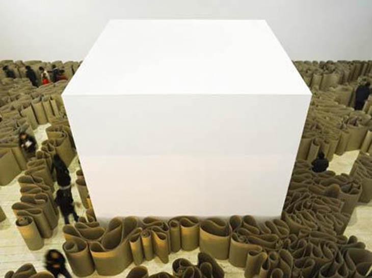 "Reflexões sobre o ""Cubo Branco"""