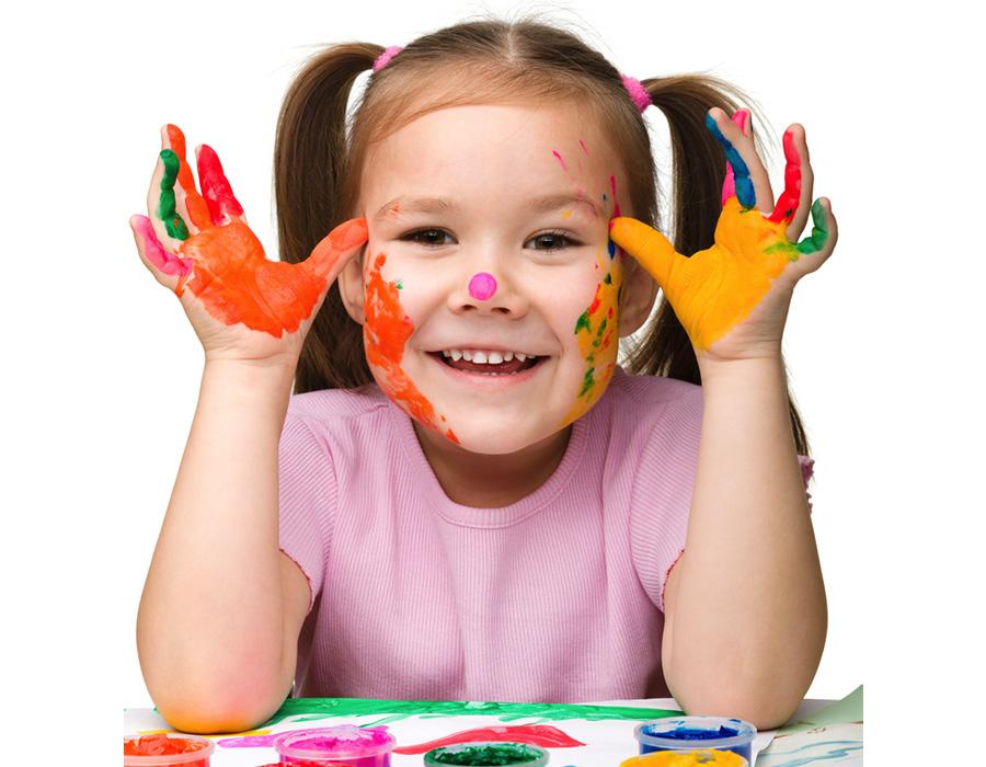 A arte para as crianças pequenas é fundamental para o desenvolvimento