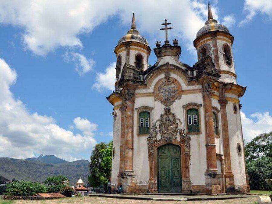 Igreja São Francisco de Assis, em Ouro Preto, arquitetada por Aleijadinho (Foto- Pedro Ângelo-G1)