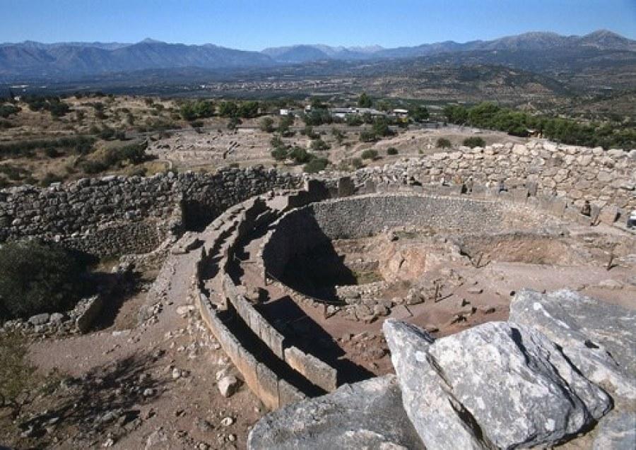 Micenas fundada a 1.600 aC em solo consagrado