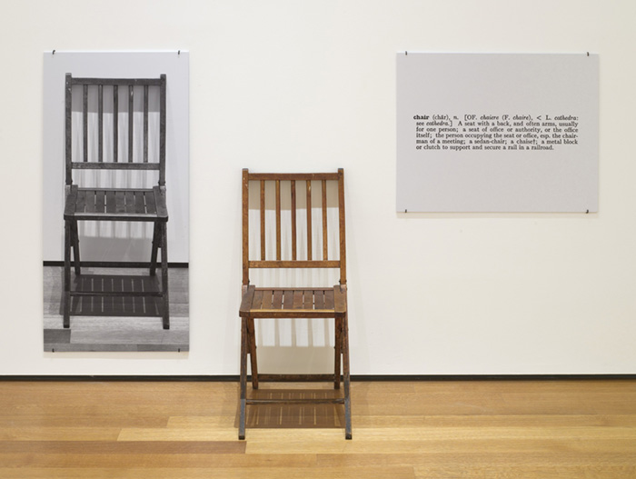 arte conceitual; Joseph Kosuth. Uma e Três Cadeiras (1965)